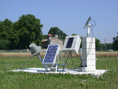 A view of the sun photometer system at Avignon